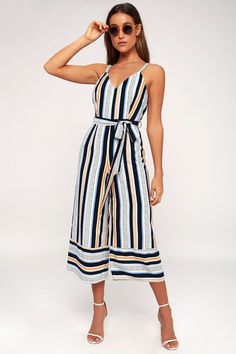 Lulu*s Claudia Blue and Orange Striped Wide-Leg Jumpsuit Found on my new favorite app Dote Shopping Holiday Outfits, Summer Outfits, Trendy Outfits, Tie Waist Top, Striped Jumpsuit, Satin Jumpsuit, Jumpsuit Outfit, Jumpsuits For Women, Long Jumpsuits