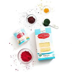We use all natural dyes in all our sprinkles - none of that fake stuff!