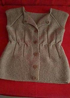 Best 12 waist-to-different-sampling of baby-knitting – Seçtiklerim Sweater Knitting Patterns, Easy Knitting, Knitting For Beginners, Knitting Designs, Baby Sweaters, Cable Knit Sweaters, Vest Pattern, Knitted Slippers, Sweater Design