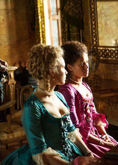 Sarah Gadon & Gugu Mbatha-Raw in 'Belle' 18th Century Dress, 18th Century Costume, Period Costumes, Movie Costumes, Historical Costume, Historical Clothing, Renaissance Clothing, Belle Movie, Rococo Dress