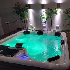 Backyard Pool Designs, Swimming Pool Designs, Swimming Pools, Spa Interior, Home Room Design, House Design, Jacuzzi Room, Hot Tub Room, Pool Landscape Design