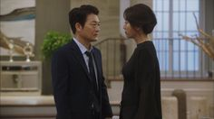 Yet though Yoo Jin seems to be the victim, she actually may be the one manipulating and controlling her husband. Song Yoon Ah flawlessly characterizes Yoo Jin's power-hungry, domineering self, as well as her warm, motherly façade in public.