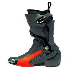Puma makes riding boots. Bike Boots, Motorcycle Boots, Riding Boots, Motorcycle Style, Puma Boots, Men's Shoes, Nike Shoes, Carapace, Fashion Shoes