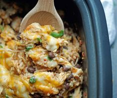 SLOW COOKER SPICY CHICKEN AND RICE--part of 20+ Easy Weeknight Mexican Chicken Dinner Recipes