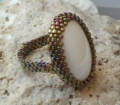 Cabochon peyote ring - do this with the citrine cab!