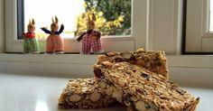 Det er så skønt med en af disse til morgenmad, mellemmad eller eftermiddagsmad!    Muslibarer-video   Ca. 20 stk.  Du skal bruge:   1 ds ...