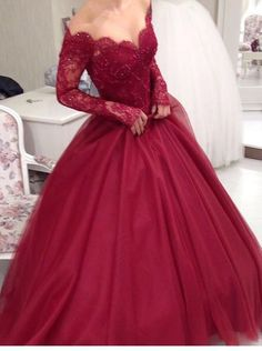 Tendencias De vestidos para Quince Años 2017-2018 https://wfashionparadise.com/