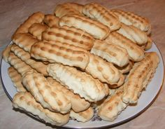 Jacque Pepin, Dessert Recipes, Desserts, Hot Dog Buns, Apple Pie, Biscuits, Sweets, Bread, Cheese