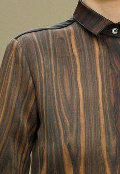 Wood grain shirt | Natural print pattern | Wooden brown