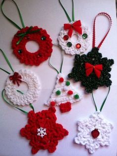 Wonderful DIY Crochet Christmas Ornaments – 37 super easy diy christmas crafts ideas for kidslaser cut ornament wooden christmas tree ideawhat do your christmas decorations say about you Crochet Christmas Decorations, Christmas Crochet Patterns, Crochet Christmas Ornaments, Crochet Decoration, Holiday Crochet, Crochet Snowflakes, Crochet Diy, Crochet Gifts, Crochet Ideas