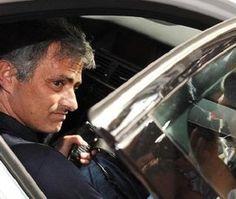 مورينيو يعاقب بحرمانه من قيادة السيارات لستة أشهر #سيارات_المشاهير #تيربو_العرب #صور #فيديو #Photo #Video #Power #car #motor #Celebrities