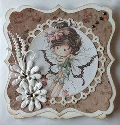 470.713.100 Dutch Doobadoo Shape Art door Afra Schenk Shape Art, Creative Cards, Decorative Plates, Creations, Scrap, Shapes, Frame, Dutch, Album