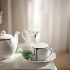 Reiko Kaneko, Drip Tease, English tea set, Gold / Platinum