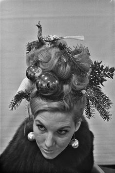 Christmas kitsch: Festive chicks with tricked out Christmas tree hats & hairdos | Dangerous Minds