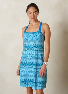 I love the prAna Cora Dress! Check it out and more at www.prAna.com