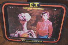 VINTAGE E.T. THE EXTRA-TERRESTRIAL TV TRAY - 1982. $8.00, via Etsy.