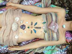 moontrolling:  deep juju therapy