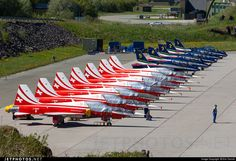 Airport ENBO Bodo - ENBO - Patrouille suisse and Frecce Tricolori lined up at the ramp. Military Jets, Military Aircraft, Jet Air, Swiss Air, Old Planes, Air Show, Photo Online, Rockets, Switzerland