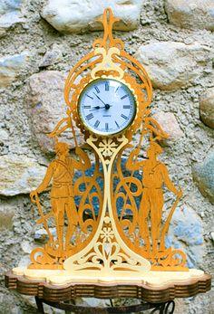 English armies clock, scroll saw fretwork pattern