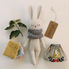 fabric toys Nice bunny doll made with organic linen and cotton fabric. She wears a grey dress, with floral and deer pattern, and yellow hand-knitted scarf, all organic cotton. Stuffed Animals, Stuffed Toy, Softies, Bunny Girls, Deer Pattern, Fabric Toys, Bunny Plush, Crochet Bunny, Hand Crochet