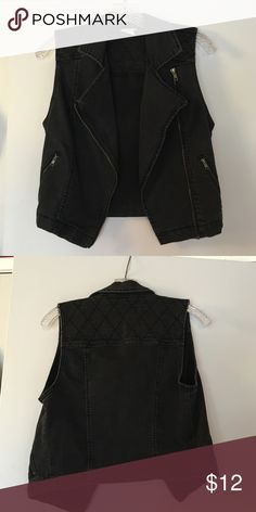 Black vest Forever 21 vest. Never worn. Brand new. Material looks weather but not from a washing machine it's just how the style came. It's black/grey Forever 21 Jackets & Coats Vests