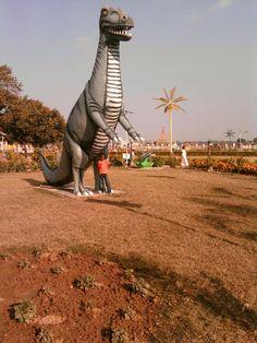 Dainasaur at Gumla Park