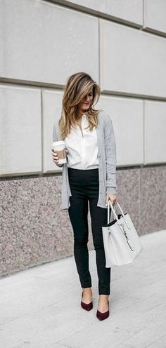 Best Business Casual Work Outfit for Women with Cardigans 18 - Work Outfits Women Stylish Work Outfits, Fall Outfits For Work, Work Outfits Women Winter Office Style, Womens Fashion For Work, Trendy Fashion, Fall Work Fashion, Working Woman Fashion, Ladies Fashion, Cheap Fashion