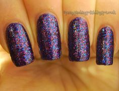 Penny Pinching Polish: Sunday Spotlight: La Femme Beauty
