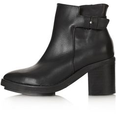 TOPSHOP ATTITUDE Point Chelsea Boots (99 CAD) ❤ liked on Polyvore featuring shoes, boots, ankle booties, topshop, chaussures, botas, black, black pointed booties, black ankle booties and black leather booties