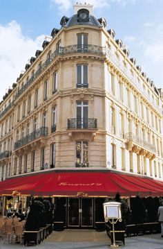 Fouquet's restaurant where Churchill, Roosevelt and Jackie Onassis ate.