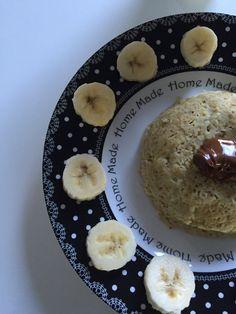 Bowl cake banane nutella. Une recette de petit déjeuner rassasiante, idéale pour tenir toute la matinée sans avoir faim !