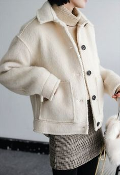 BEIGE WINTER CHIC FLEECE COAT