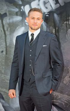 Charlie Hunnam was happy to go naked for King Arthur role King Arthur: Charlie is currently starring in the Guy Ritchie-directed drama 'King Arthur: Legend of the Sword' (pictured here at the premiere this week) Charlie Hunnam Soa, Charlie Hunnam King Arthur, Guy Ritchie, British Actors, American Actors, Good Looking Men, Brad Pitt, Gorgeous Men, Sexy Men