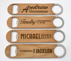 Wedding gifts for groomsmen bottle new Ideas Groomsmen Proposal, Wedding Gifts For Groomsmen, Gifts For Wedding Party, Wedding Anniversary Gifts, Groomsman Gifts, Wedding Favors, Bridesmaid Proposal, Party Gifts, Wedding Centerpieces