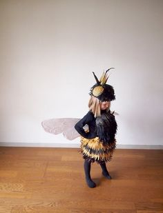 Go the extra mile + make this DIY Bumble Bee girl's costume.