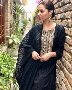 Mahira khan in black embroidered Dress Pakistani Dress Design, Pakistani Outfits, Indian Outfits, Eid Dresses, Indian Dresses, Fashion Dresses, Bridal Dresses, Stylish Dresses, Simple Dresses