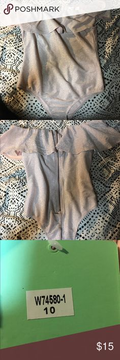Cute sparkly body suit Cute sparkly body suit brand new, never worn, with a zip up back back, pretty stretchy peppermayo Other