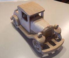 Modelo de madera del viejo coche de Sport Coupe