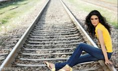 Nadia ali pakistani fashion model