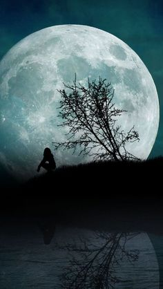 Amazing Moon View – Amazing Pictures - Plan Your Trip with UKKA.co. Find the Place, do booking Flight, Reserve the Hotel on UKKA.co Free Online Travel Planner
