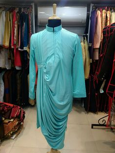 Party wear dresses Kurta Pajama Men, Kurta Men, Mens Sherwani, Wedding Sherwani, Indian Men Fashion, Mens Fashion Suits, Royal Fashion, Designer Suits For Men, Indian Designer Wear