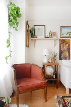 House Tour: An Oakland Home Full of Thrifted Treasures | Apartment Therapy