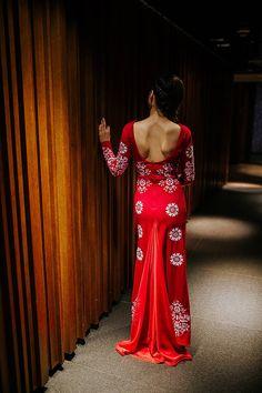 Šaty - Dlhé červené vyšívané šaty - 8984660_ Modeling, How To Wear, Clothes, Outfits, Clothing, Modeling Photography, Kleding, Models, Outfit Posts