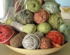 I love seeing yarn like this but I know in my house it'd be dusty & covered in dog hair in no time.