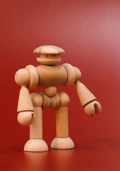 Satbot Lo llaman el salvavidas de los robots, ya que gracias a su antena satelital detecta las señales de auxilio de sus compañeros en peligro. Y es muy comun verlo trabajando junto a Radiobots. ©Iván Coquand