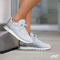 Sneakers femme - Reebok Classic Matte Shine (©asphaltgold_sneakerstore)