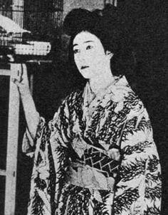 澤蘭子 -『籠の鳥』(1924年)のスチル写真、公開時21歳。