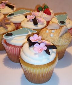 The Icing on the Cake: Scrapbook Cupcakes