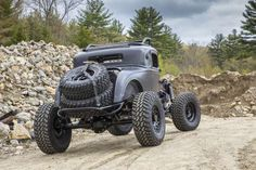 052-1932-dodge-coupe-rear-low.jpg - Wes Allison