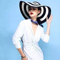 Women Lady Stripe Large Wide Brim Beach Sun Hat Summer Floppy Cruise Straw Hat